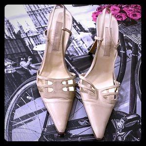 Michale Kors 7.5 neutral heel